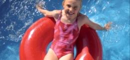 Rotationsförmiger Schwimmreifen