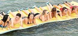 Floating mats